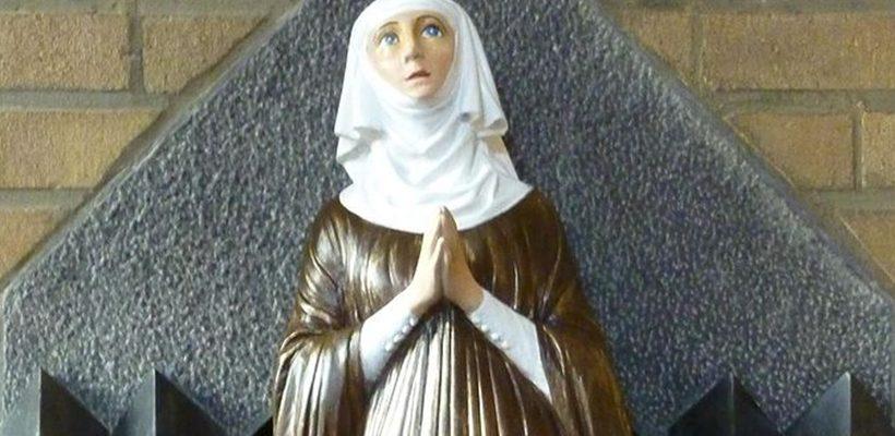 1006-santa-alice
